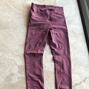 Lululemon leggings crisscross waist, mauve color 4